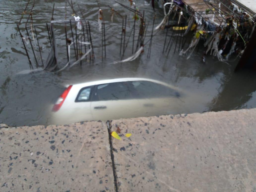 El conductor se salvó de milagro