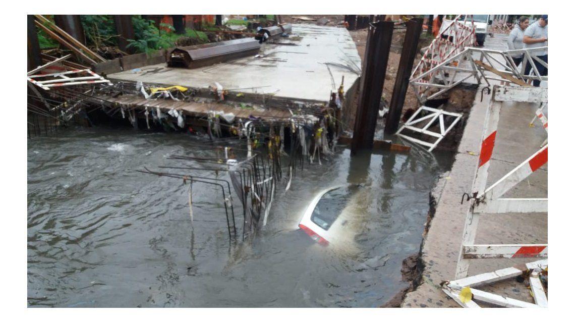 El conductor perdió el control en medio del temporal