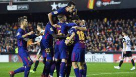 Deulofeu furioso porque lo borraron de la foto del Barcelona campeón