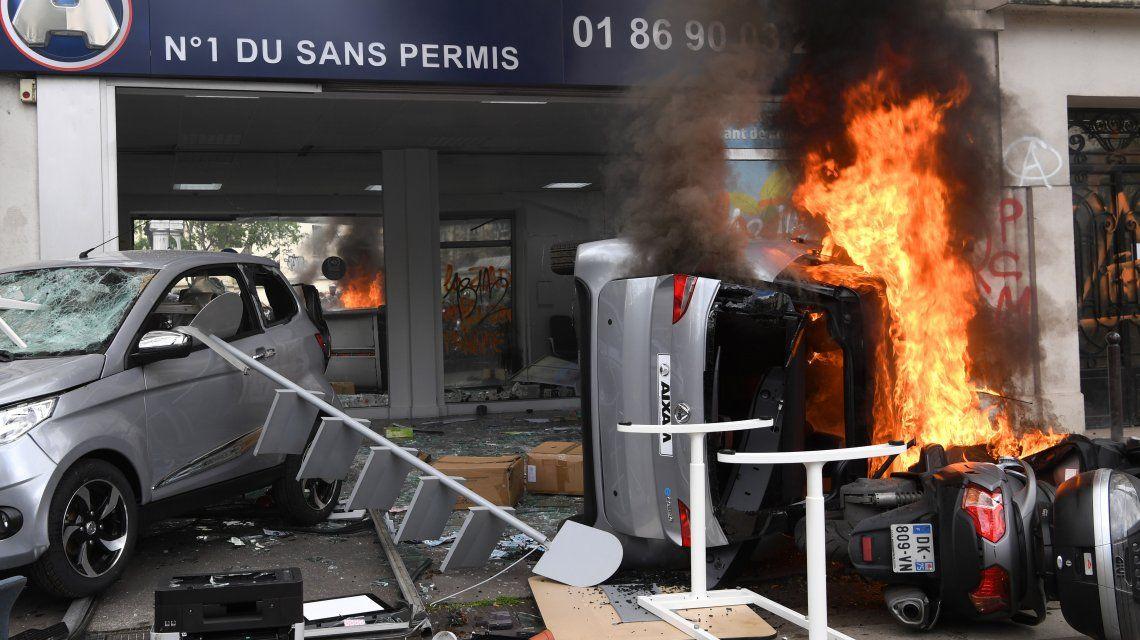 La Policía detectó a unos 1200 manifestantes encapuchados