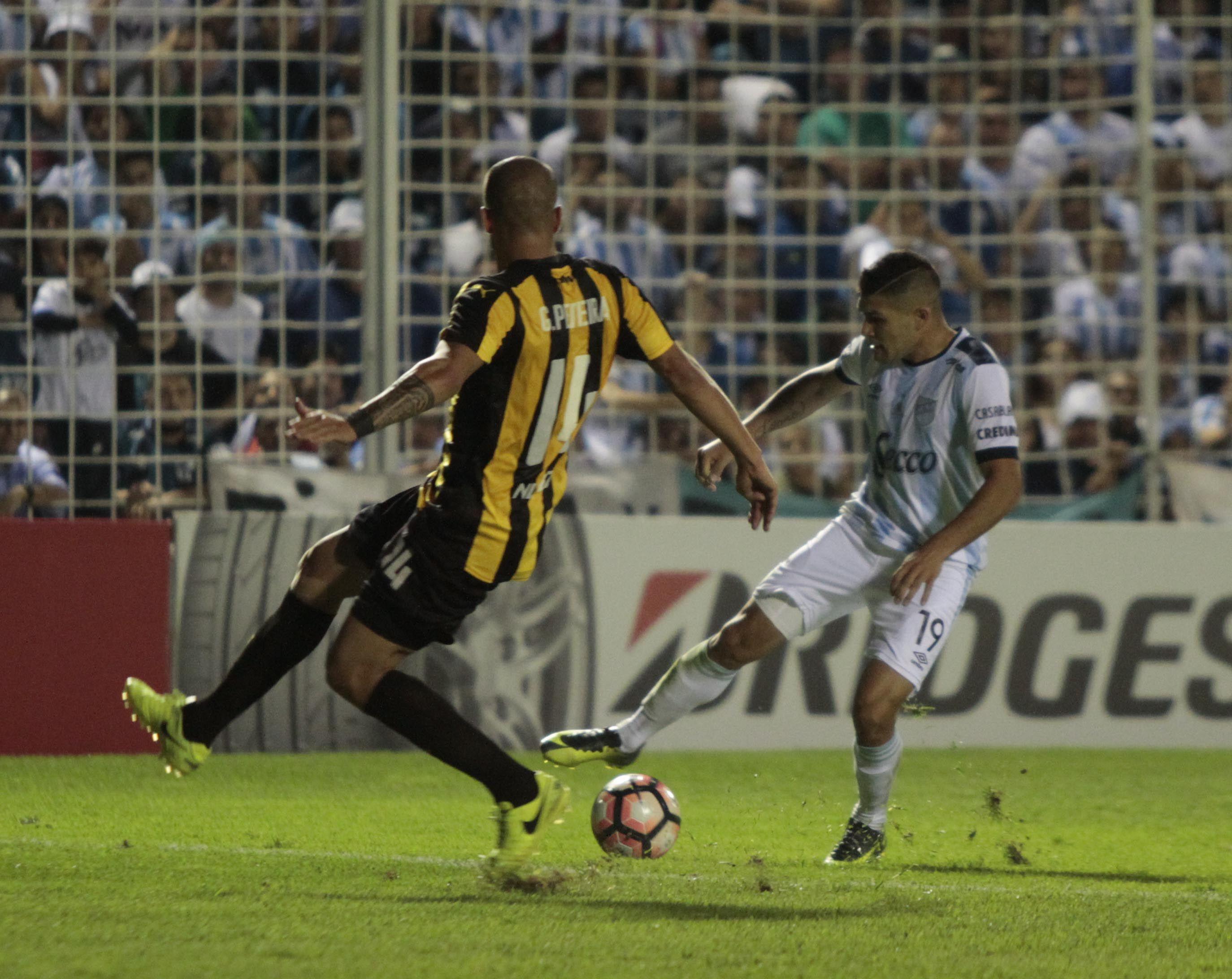 Atlético Tucumán enfrentó a Peñarol en 2017