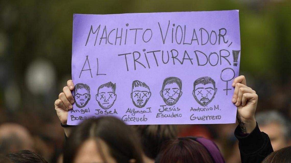 Los indignantes audios de La Manada antes de abusar de su víctima en San Fermín