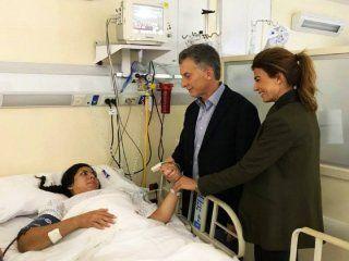 Mauricio Macri y su mujer, Juliana Awada, visitaron a la sargento Rocío Villarreal en la Clínica Fitz Roy