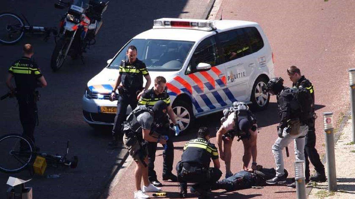 Un hombre acuchilló a tres personas este sábado en La Haya