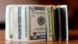 Tras la reducción de la venta de divisas, el dólar trepa y sube 24 centavos
