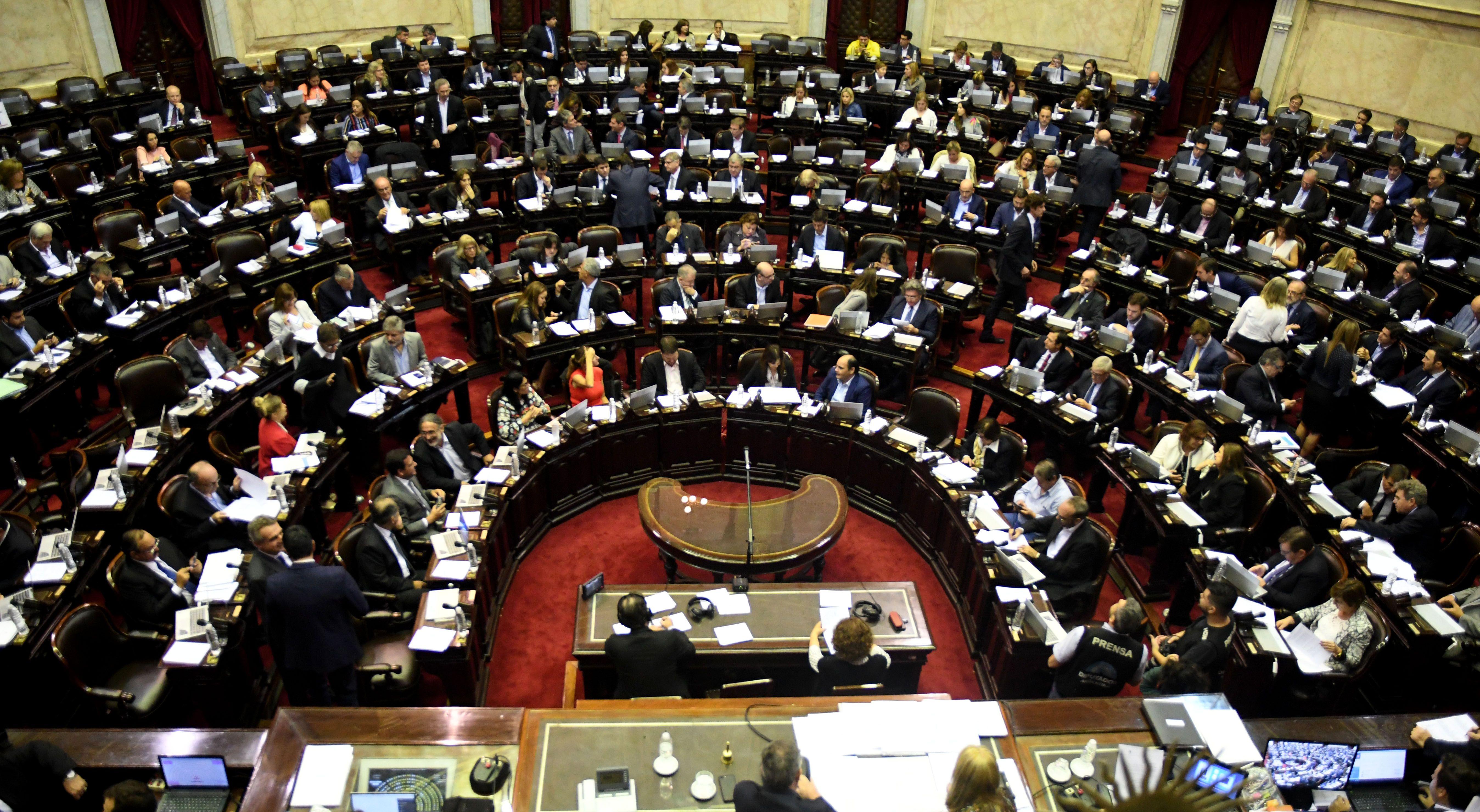 Debate del aborto en el Congreso: ¿quiénes son los diputados indecisos?