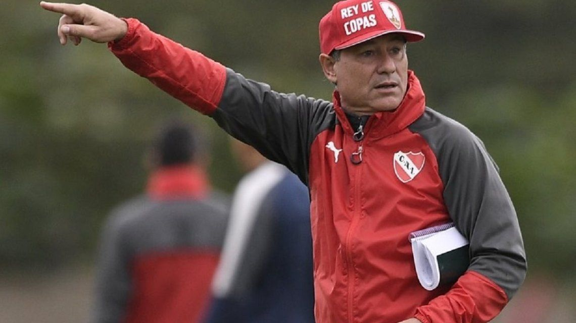Ariel Holan en Independiente - Crédito: @Independiente