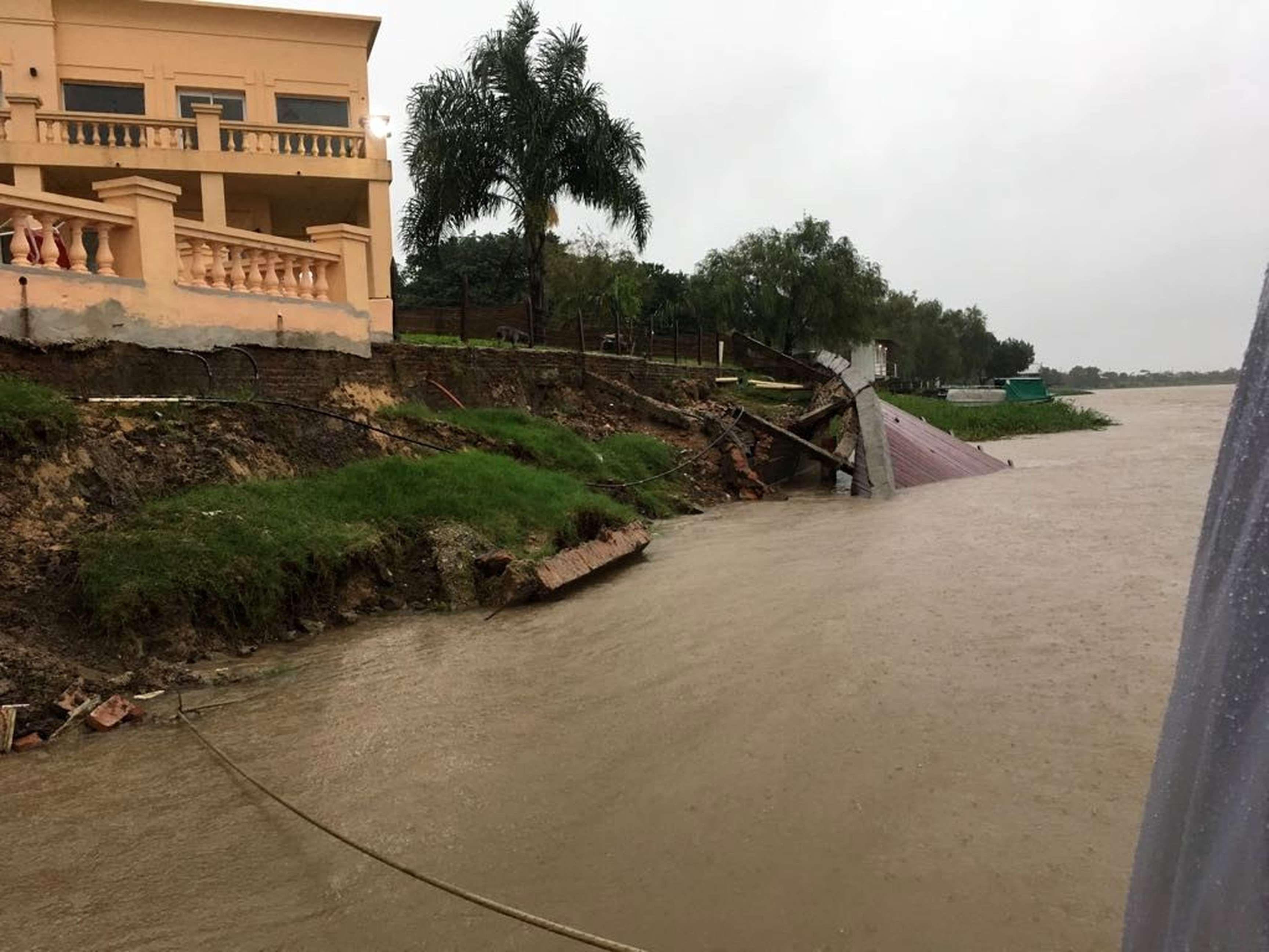 La lluvia provocó una fuerte crecida en los ríos litoraleños
