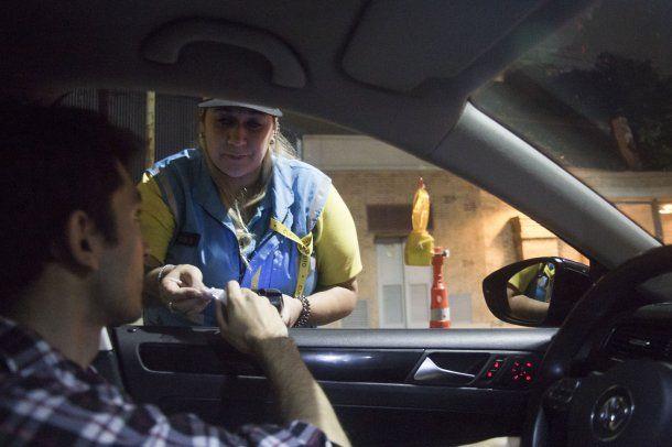 Habrá premios para los conductores que superen el control de alcoholemia