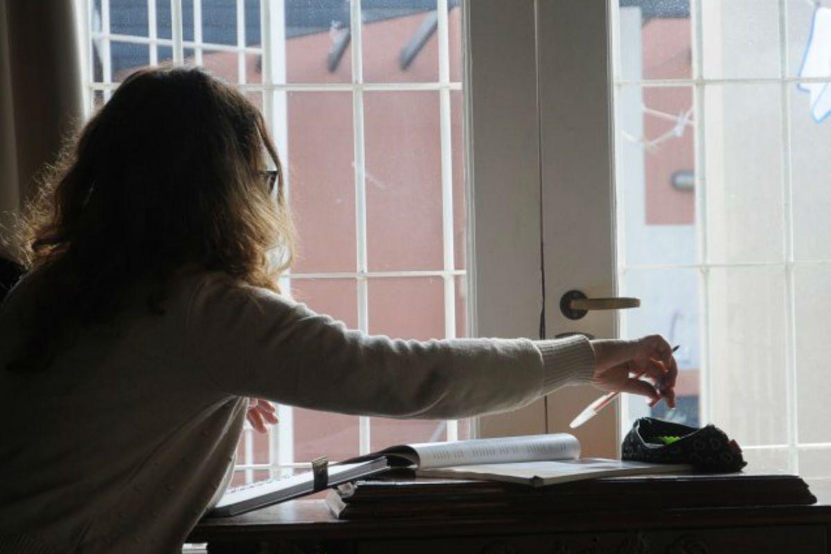 Imagen ilustrativa: la mujer le daba clases particulares en su casa