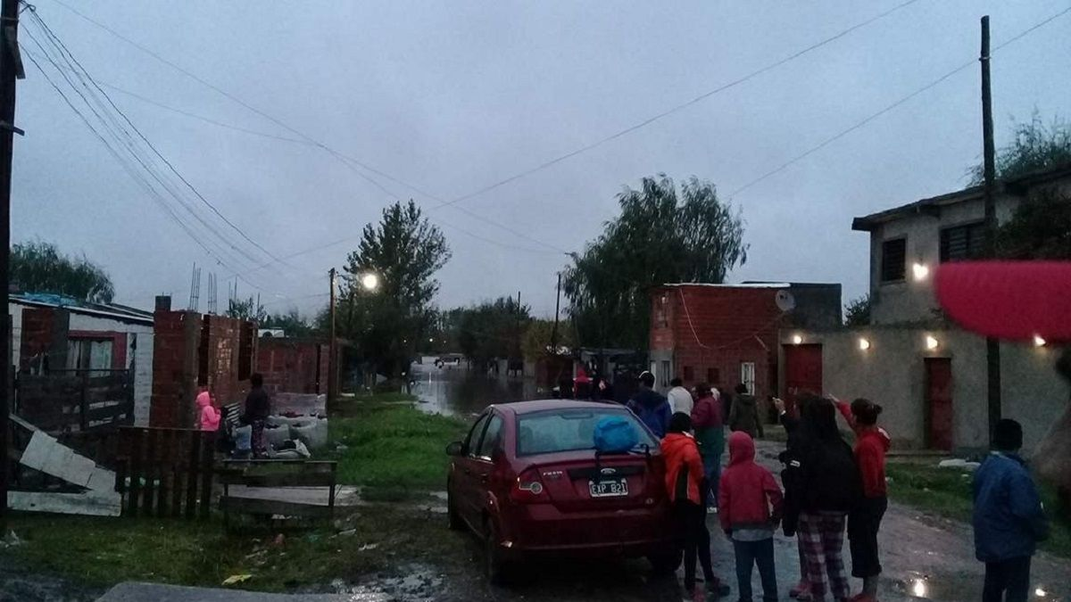 La Plata: en Villa Elvira llovió en 12 horas lo que llueve en 3 meses