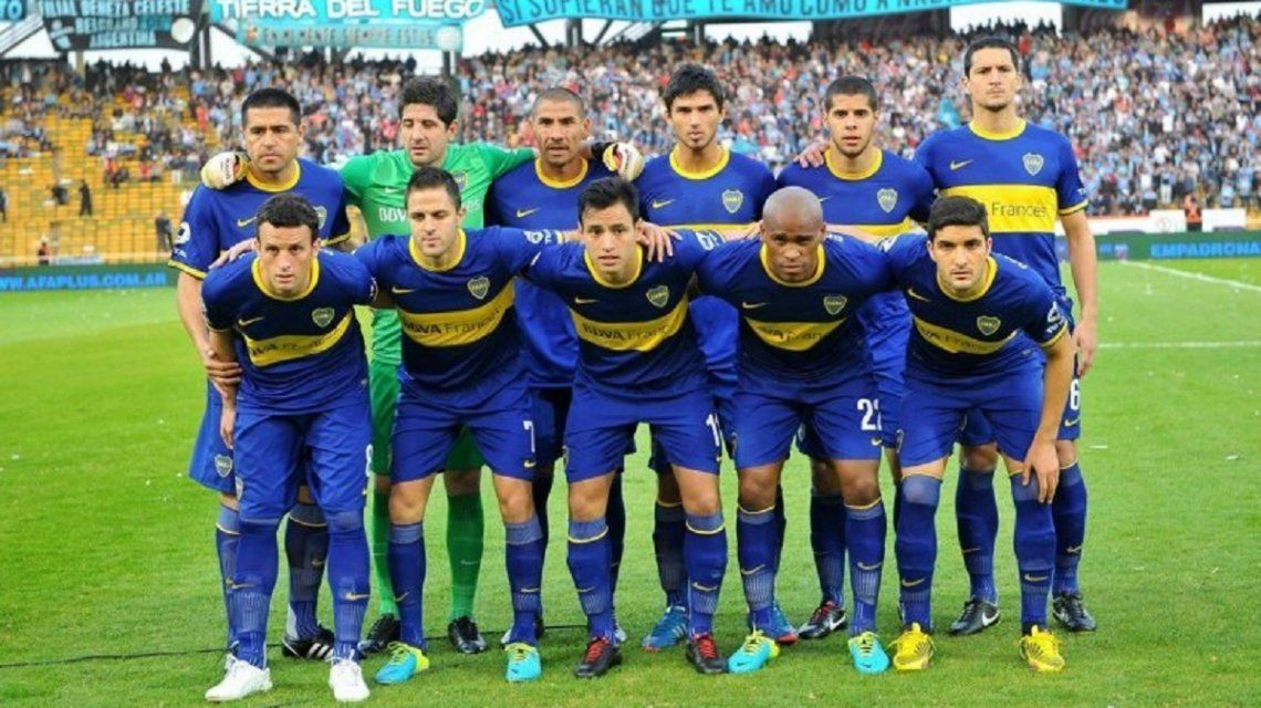 El Burro supo compartir delantera con Nicolás Blandi y Juan Román Riquelme