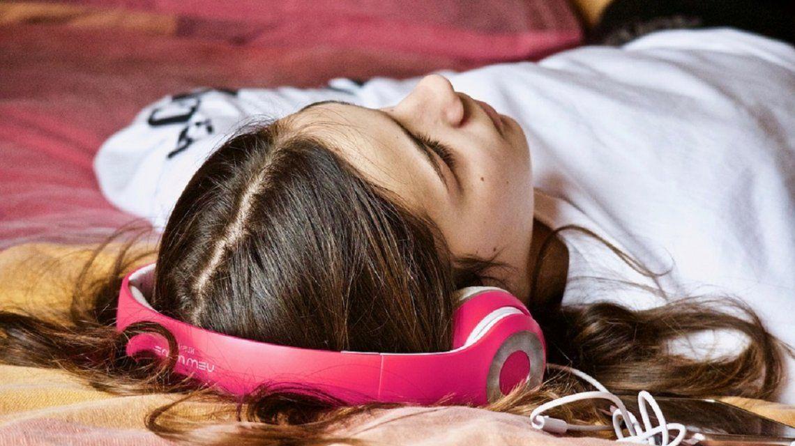Éstas son las 10 canciones que hay que escuchar para no sufrir stress en el trabajo