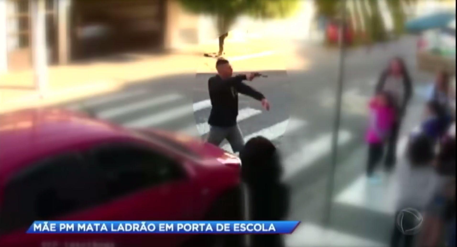 Brasil: una policía de civil mató a un ladrón frente a una escuela llena de chicos