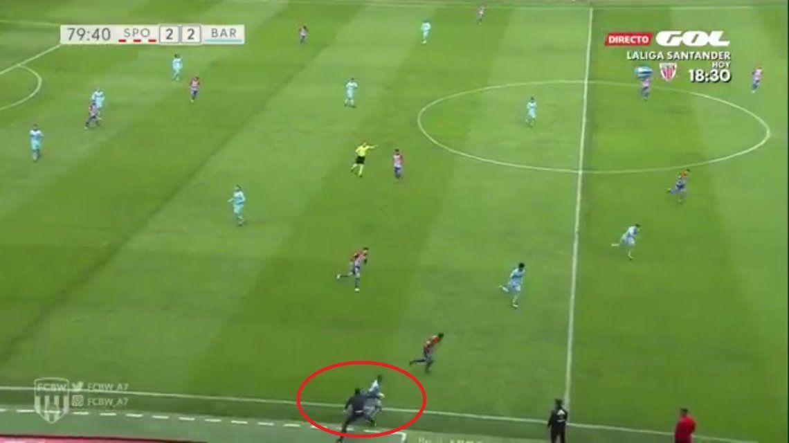 Baraja le pegó una patada a un jugador del Barcelona B para evitar un contragolpe