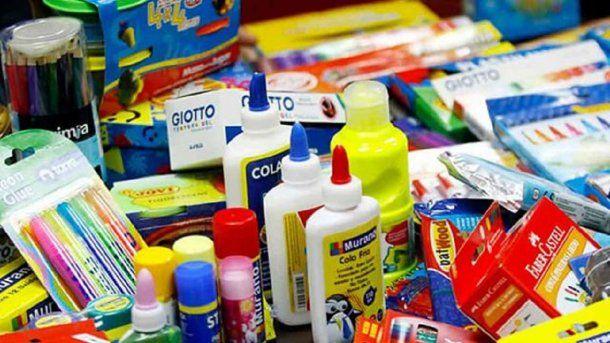 útiles escolares - Crédito: hpluralnoticias.com.ar