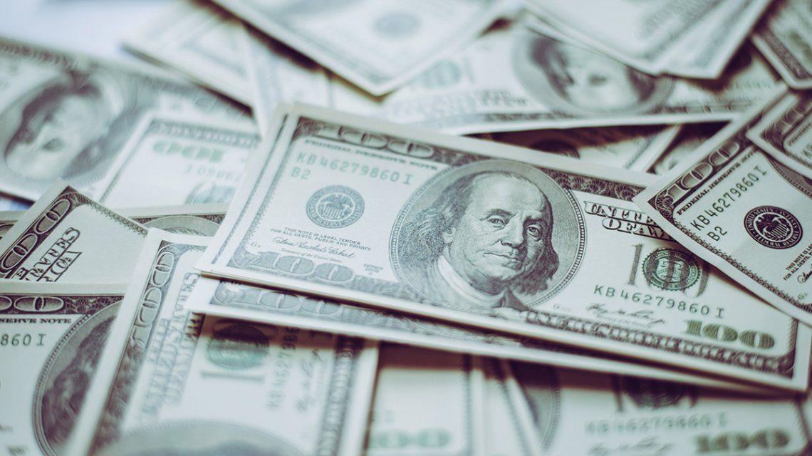 El dólar registró su valor más bajo en las últimas dos semanas