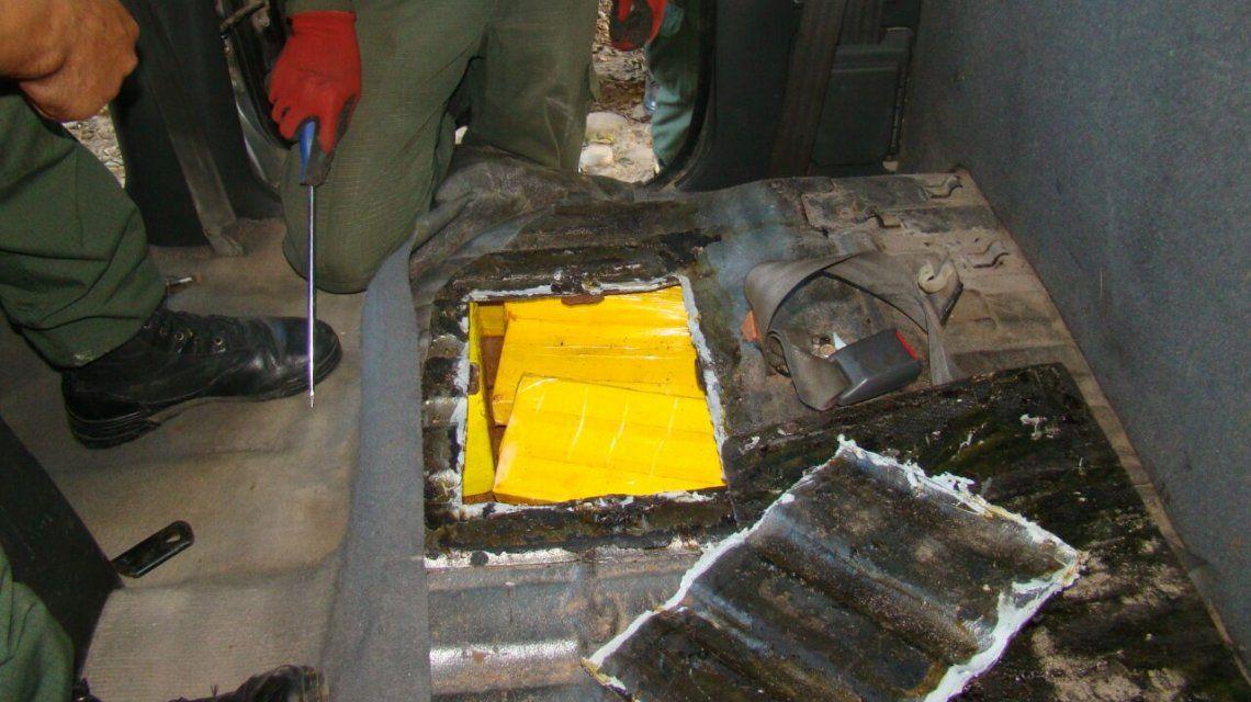 Operación Lingote: incautaron  más de 168 kilos de cocaína escondidos en el doble fondo de una camioneta en Salta