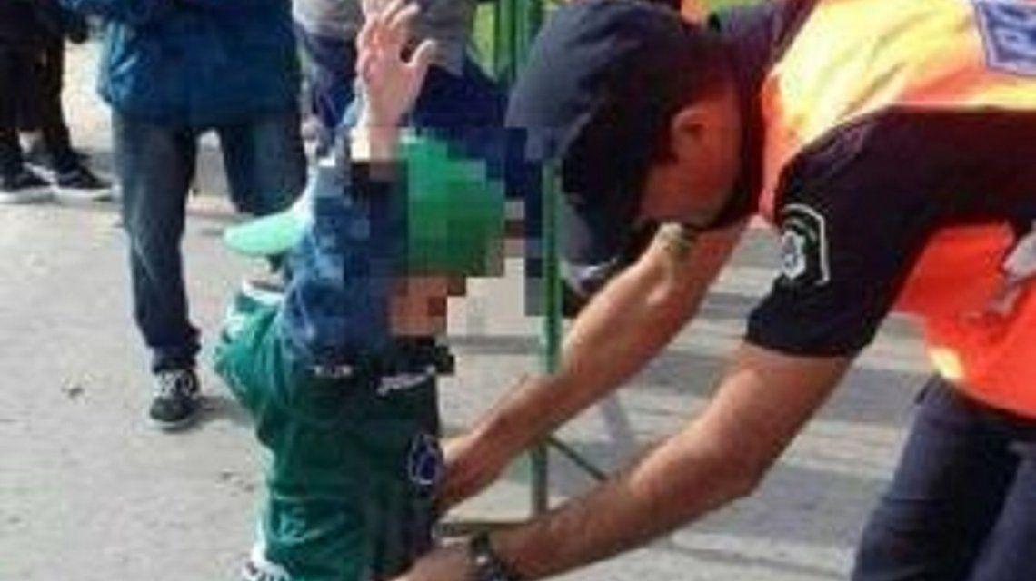 Polémica por los cacheos a nenes en el ingreso a un estadio de fútbol en Junín