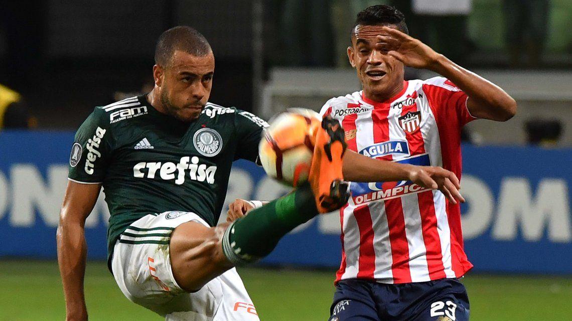 Palmeiras derrotó a Junior y le dio una mano enorme a Boca