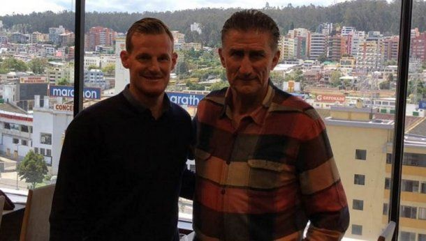 <p>El Patón junto al manager del Canalla, Mauro Cetto</p>