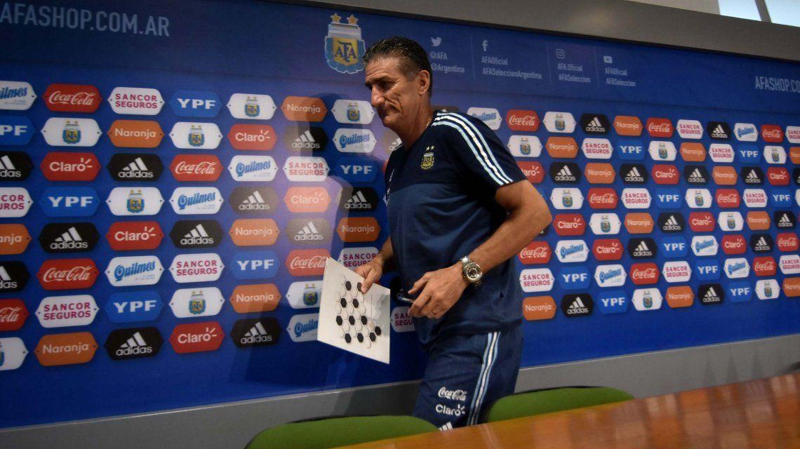 Edgardo Bauza en una de sus últimas conferencias de prensa como DT de la Selección