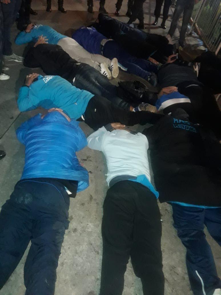 Detuvieron a 80 barrabravas de Racing tras el partido ante Sarmiento de Chaco