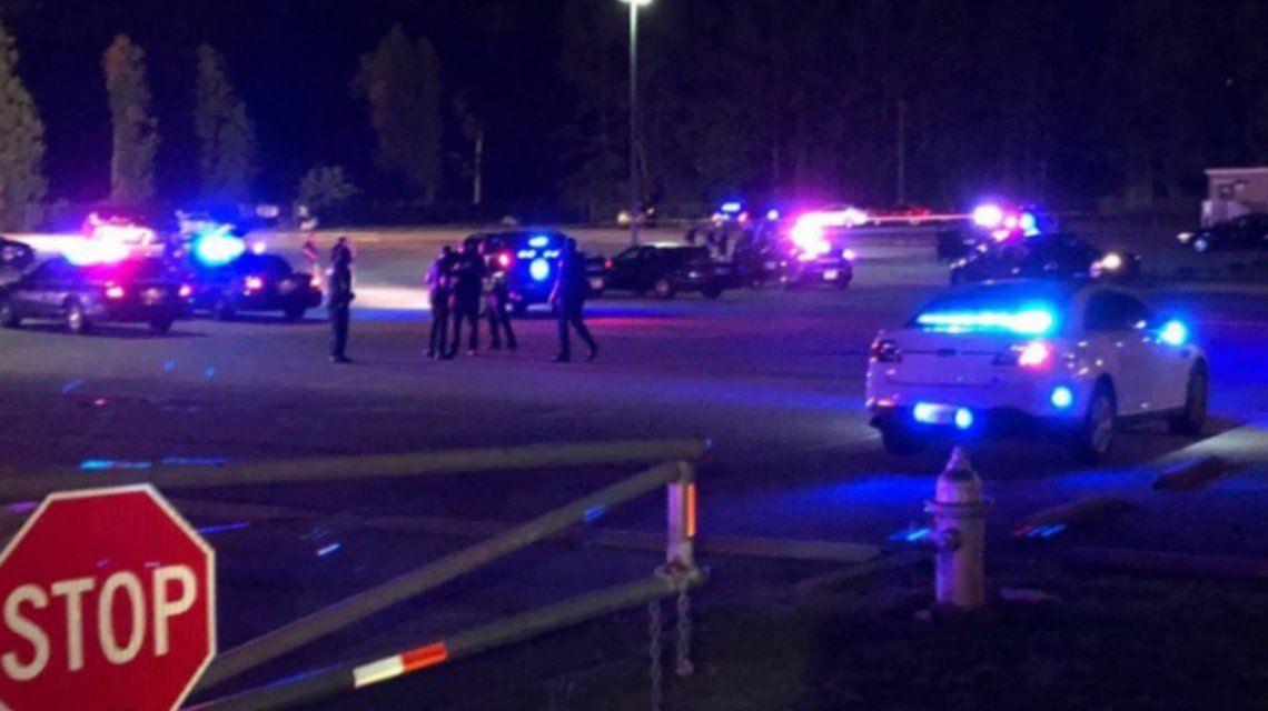 Georgia: un tiroteo en una escuela secundaria dejó un muerto