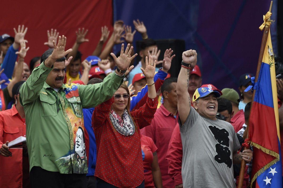 El lujoso regalo de Maradona a Nicolás Maduro en su visita a Venezuela