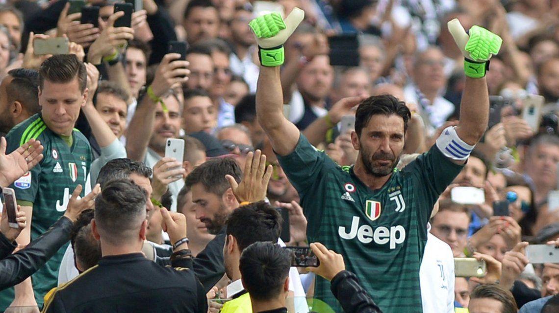 La emoción de Buffon en su despedida