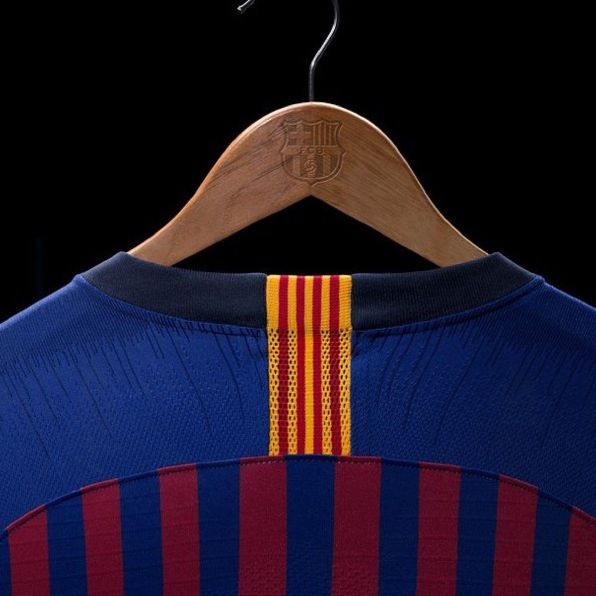 La camiseta de Barcelona para la temporada 2018/2019 - Crédito:@FCBarcelona_es