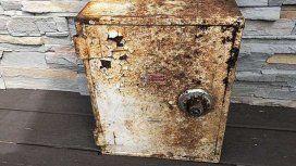 Nueva York: encontraron una caja fuerte en fondo de su casa y la devolvieron