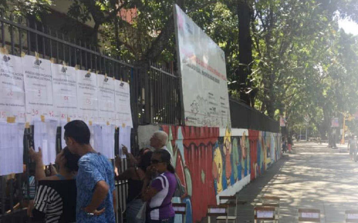 Escasos electores en las elecciones presidenciales de Venezuela.