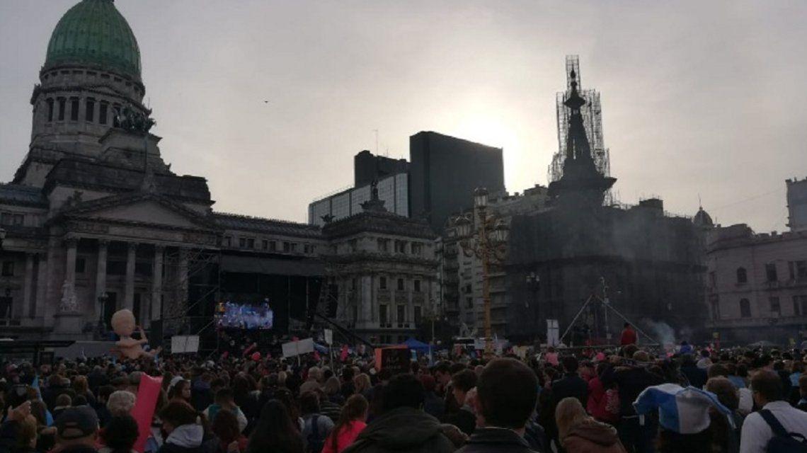 Marcha contra la legalización del aborto - Crédito: @cruzdelsurce