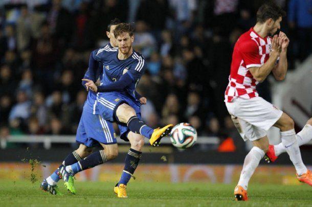 En 2014 hizo un gol con la Selección frente a Croacia.<br>