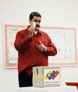 Nicolás Maduro votó en las elecciones de Venezuela