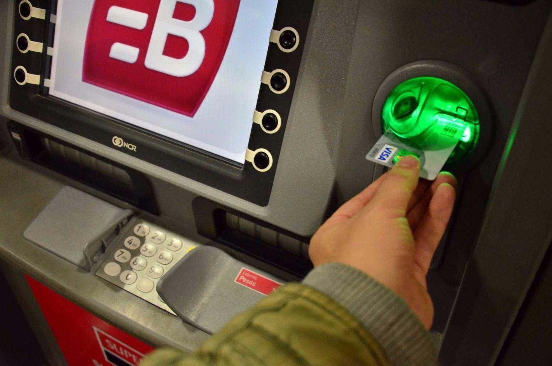 Menos de la mitad de los argentinos tiene acceso a un cajero automático