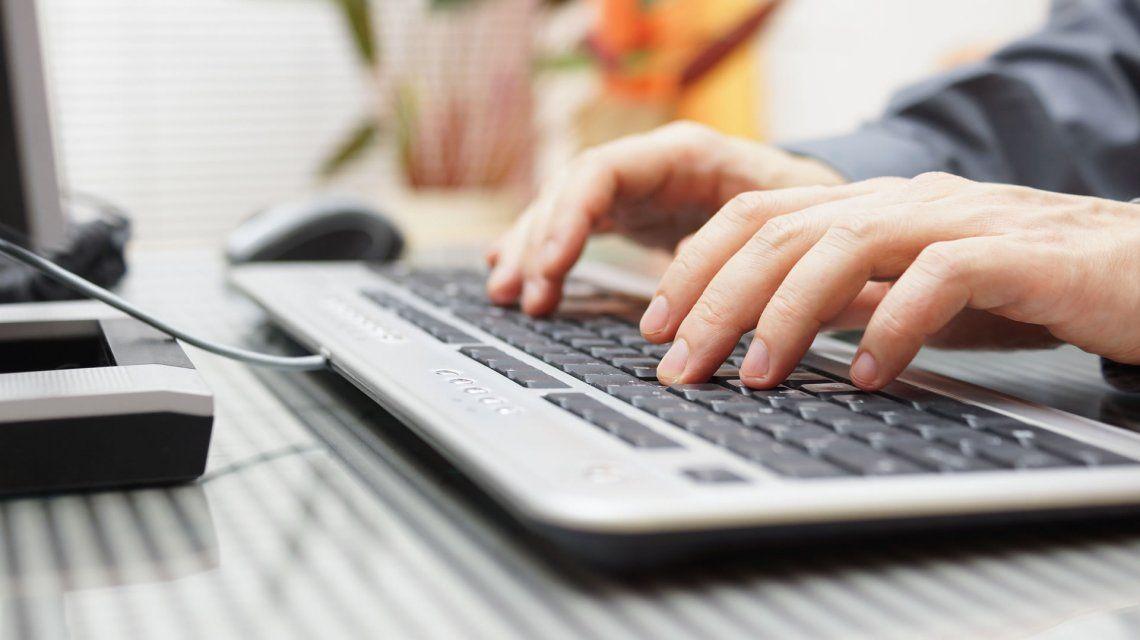 Los usuarios cada vez eligen más el chat para comunicarse con las empresas