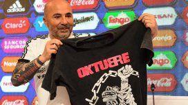 Sampaoli prometió utilizar una remera de los Redondos si gana el Mundial