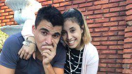 Marcos Acuña con su mujer Julia