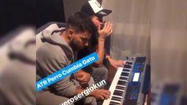Kun Agüero con Pablo Lescano