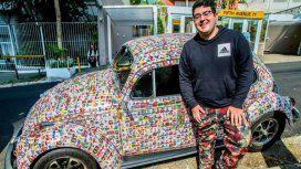 El youtuber prestó su auto, un Beetle clásico