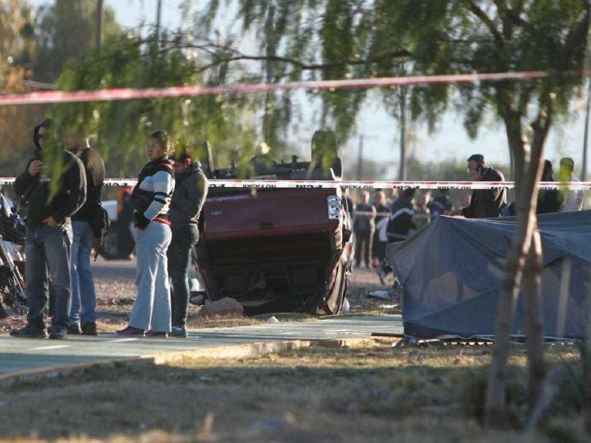 Apuñaló a una embarazada y mató con el auto a dos policías - Crédito: El Sol
