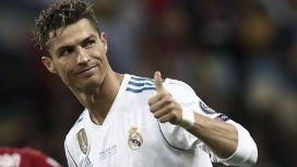 La bomba del año: Cristiano Ronaldo se va del Real para jugar con dos cracks argentinos