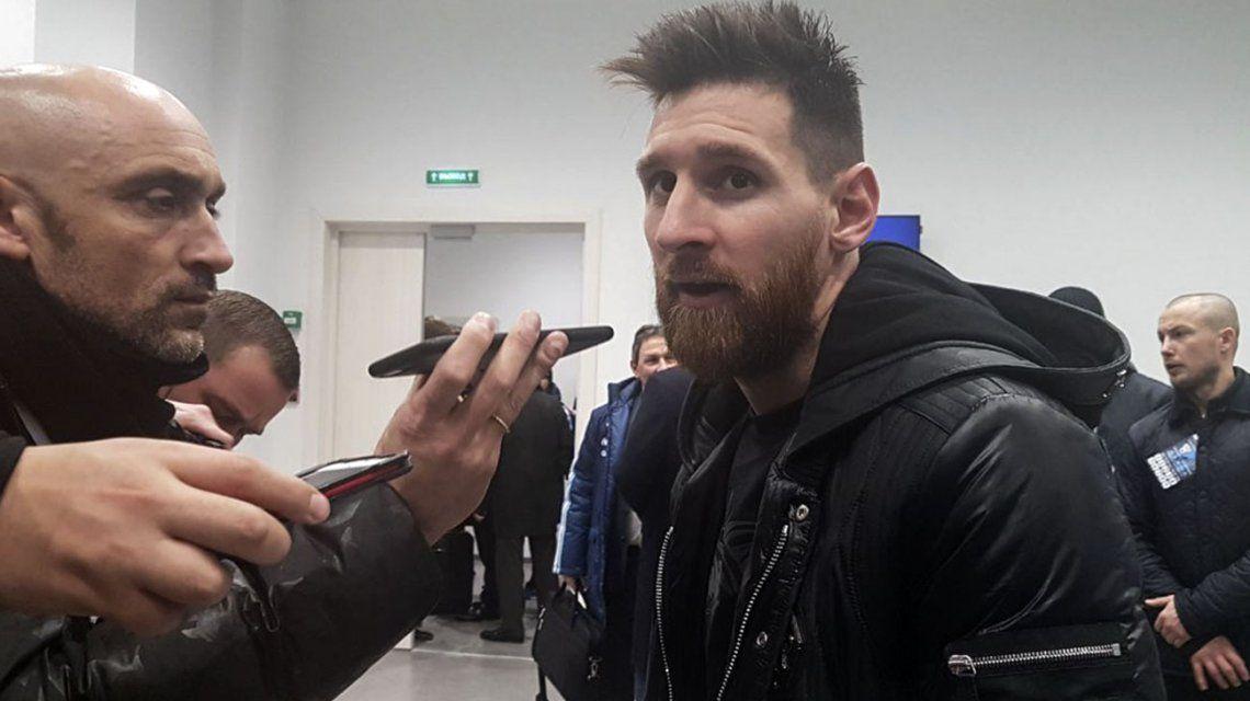 Lionel Messi en el aeropuerto de Ezeiza