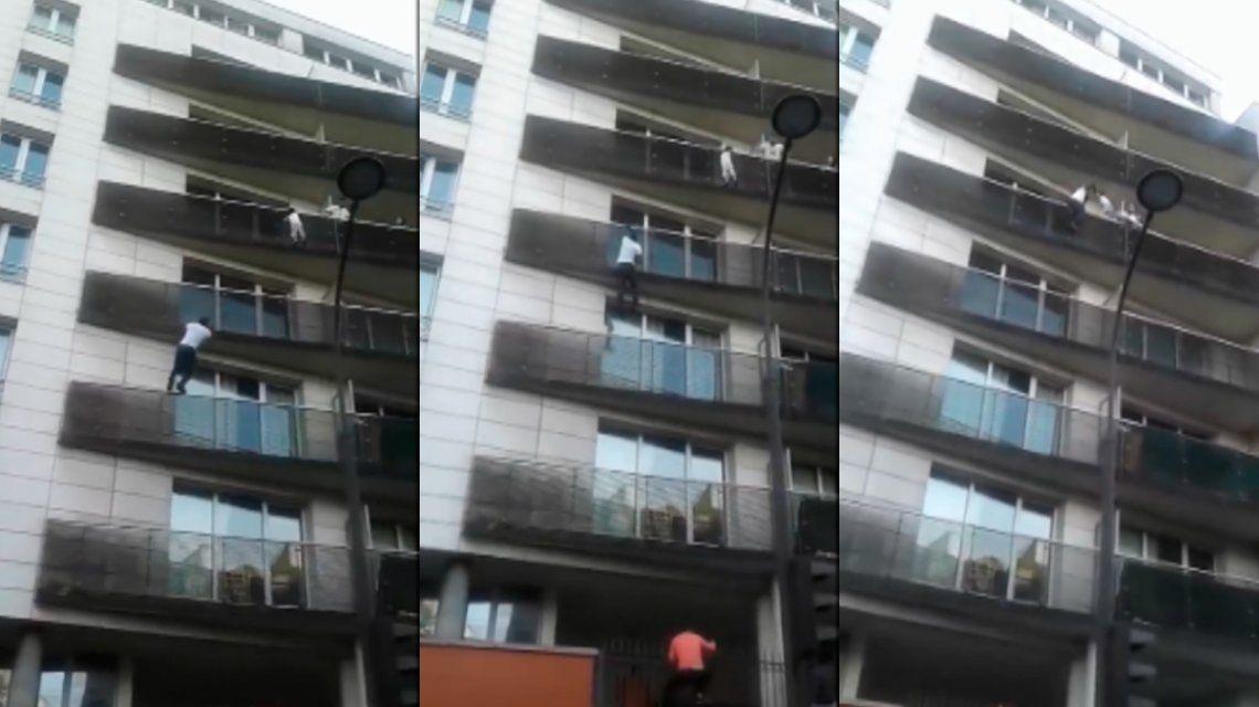 El joven de Mali que salvó a un nene colgado de un balcón recibirá la ciudadanía francesa