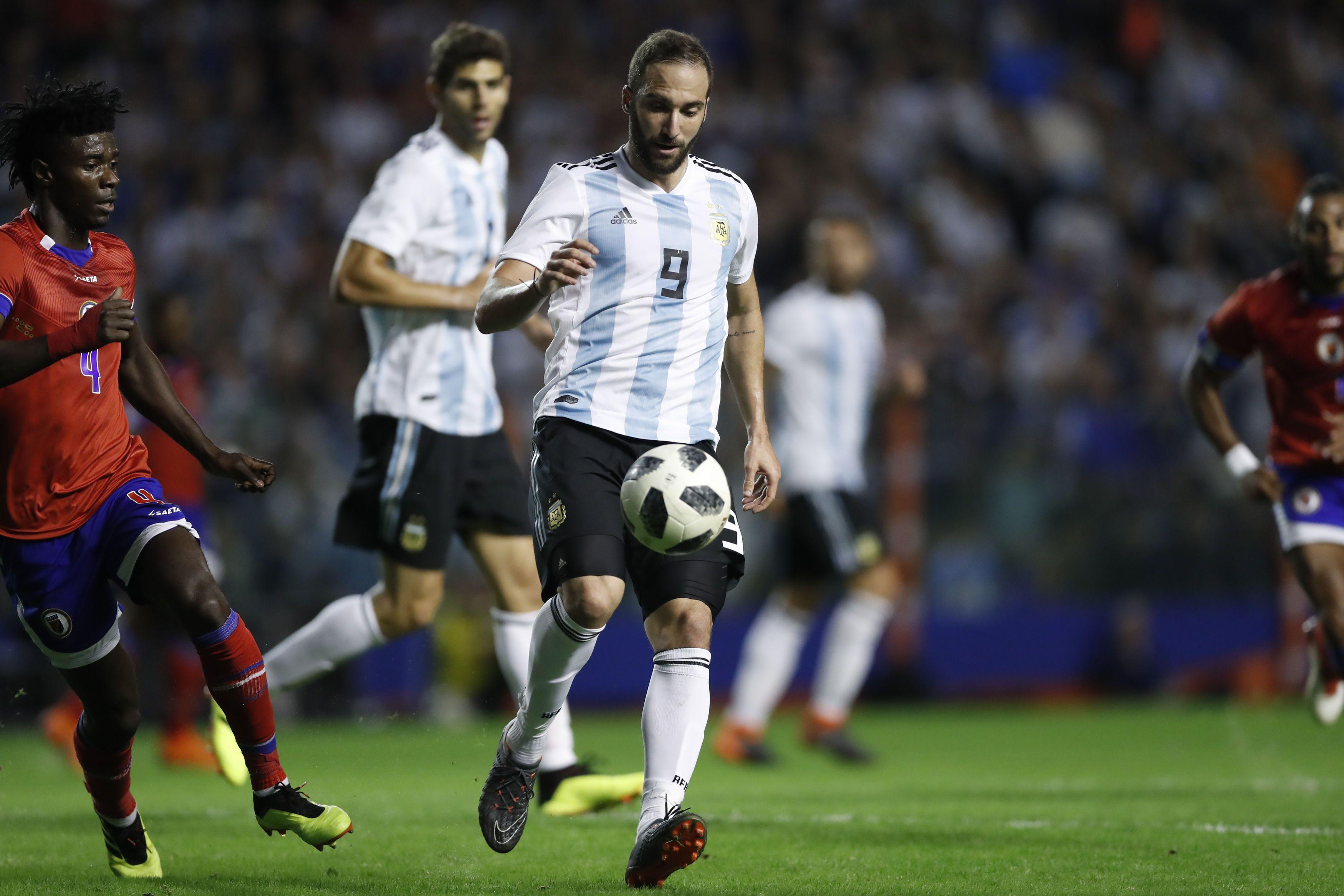 La estadística que preocupa a Sampaoli y a todo Argentina: ¿hace cuánto que Higuaín no hace un gol?