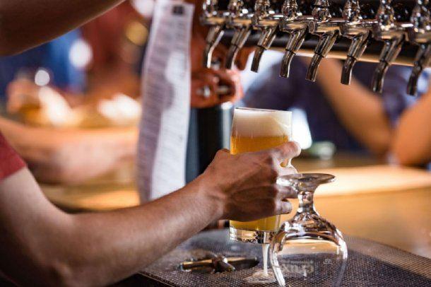 ¿Se viene la emancipación de la cerveza artesanal? El cierre de los bares por el coronavirus más la Ley de Góndolas pueden ser una oportunidad