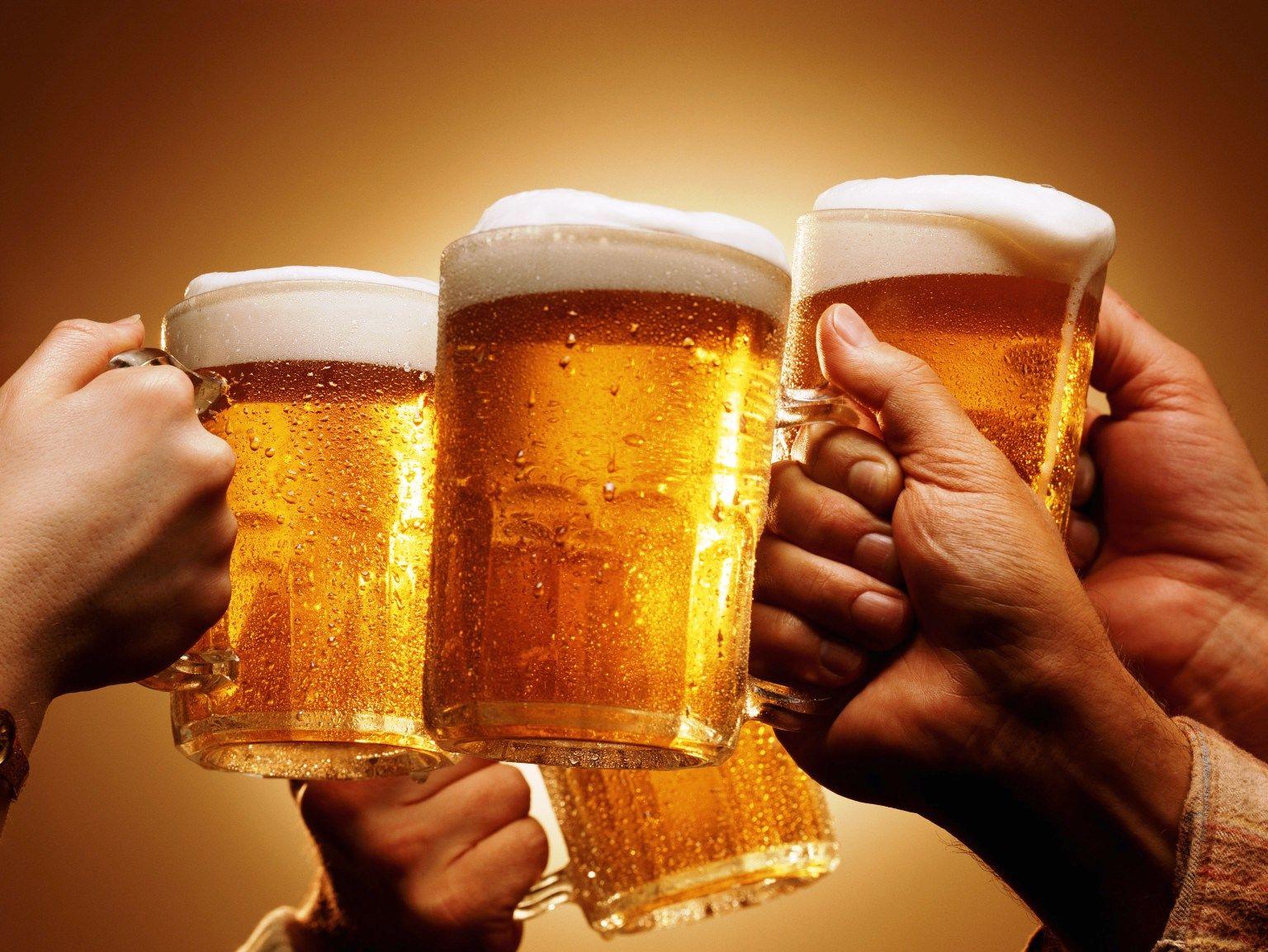 La Anmat prohibió la venta en todo el país de tres cervezas importadas
