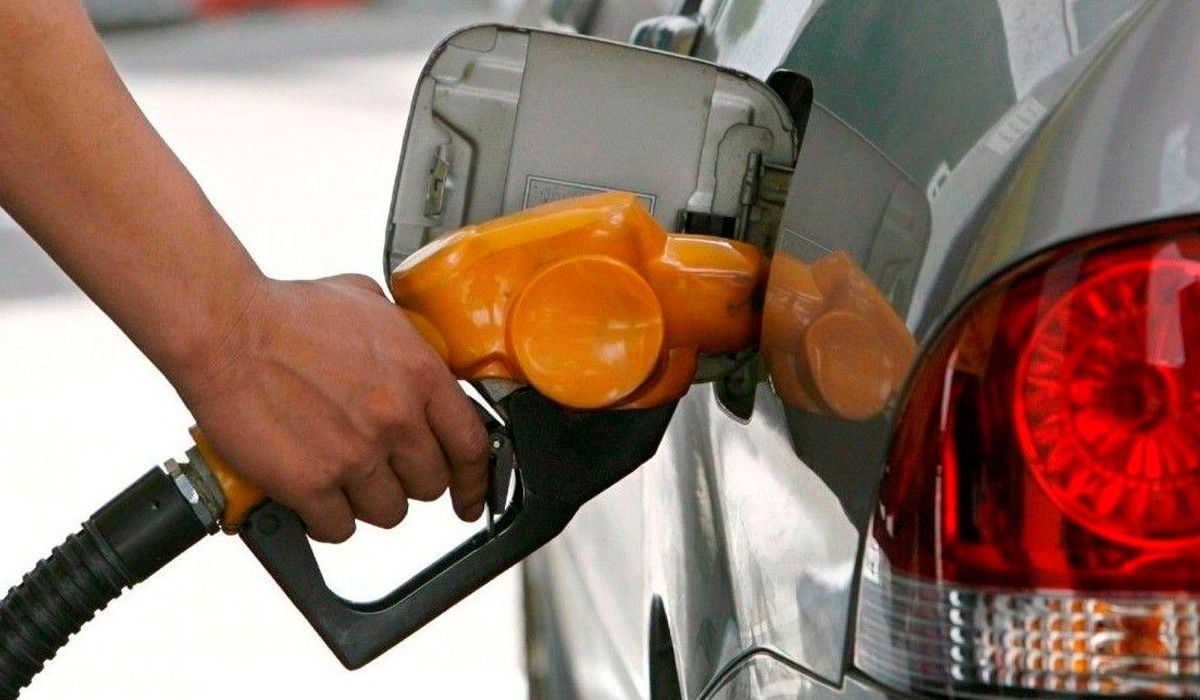 Inminente aumento de la nafta: llegaría a $50 el litro en poco tiempo